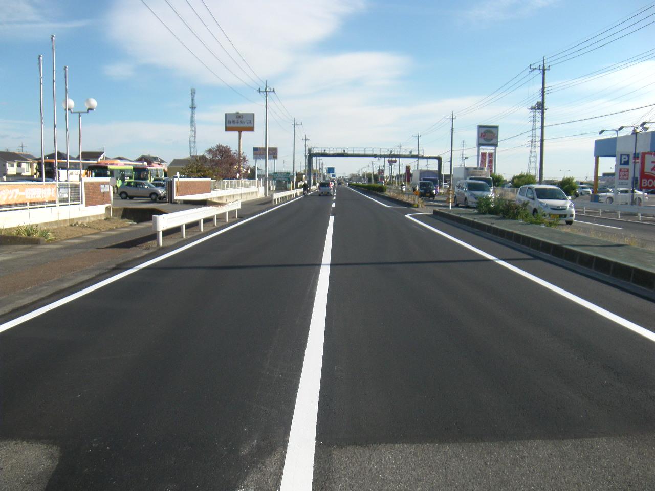 単独道路維持修繕事業(緊急路面改善) 写真