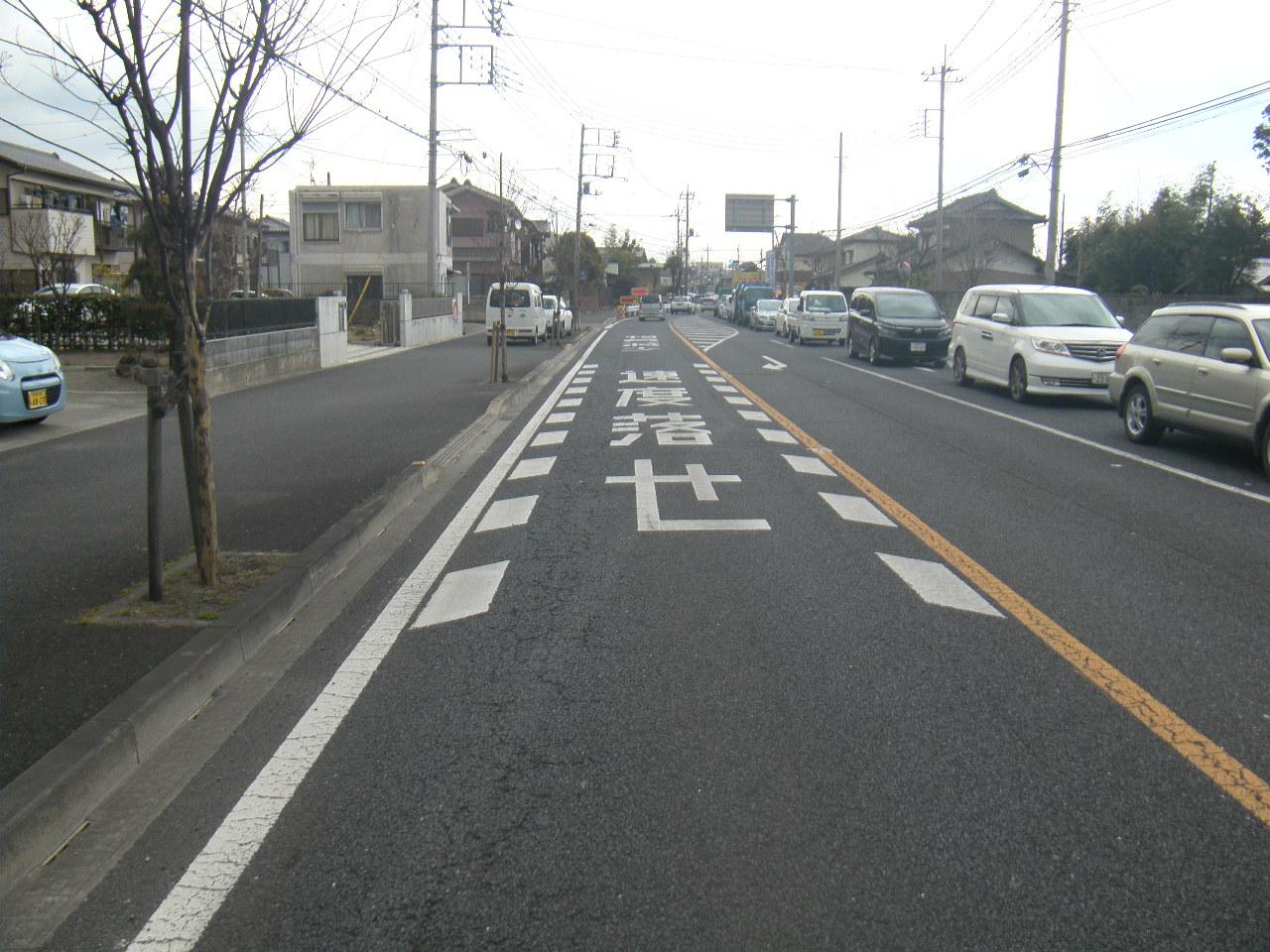 単独街路事業(管理) 舗装補修工事 施工前
