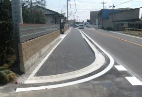 (一)津久田停車場前橋線 北代田町地内 歩道設置工事